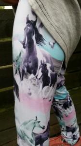 Molo leggings Niki - wild horses