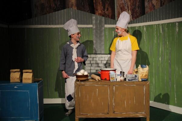 Bagermester og bagersvend i teaterhuset Esbjerg / Billedet fra ByAnnette.dk